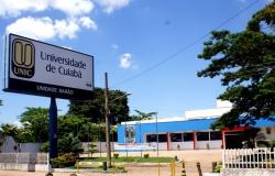 Vagas de emprego são ofertadas em Feirão.