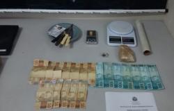 Dois jovens são presos por tráfico de drogas em Rondonópolis