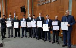 Delegados e investigadores são agraciados com Título de Cidadão Mato-Grossense e Moção de Aplausos da ALMT