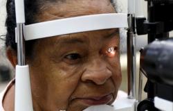 Doença que leva à perda de visão tem novo tratamento na rede pública