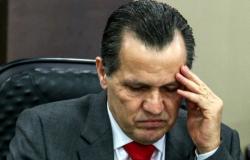 Juiz encaminha fiança de R$ 100 mil para processo trabalhista contra Silval e manda destruir arma