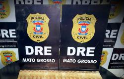 Policiais civis cumprem mandados no Jardim Florianópolis e prendem mulher em flagrante
