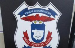 Polícia Civil flagra suspeitos escondendo 14 tabletes de maconha em MT