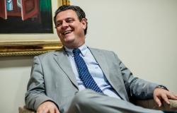 Vice-governador de Mato Grosso anuncia renúncia do cargo