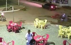 Inconformado com notificação, homem armado invade bar para matar servidor da prefeitura