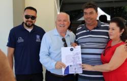 Após cancelamento de concurso, prefeito homologa processo seletivo; confira lista de convocados