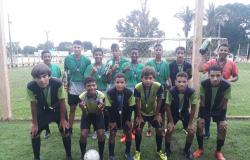 Escolinha de futebol F10  realiza 2° Torneio Natal Feliz