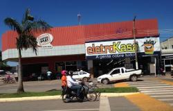 Bandido armado faz gerente refém e rouba loja da Eletrokasa em Nobres