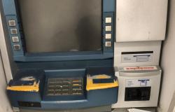 Bandidos tentam explodir caixa eletrônico do Banco do Brasil em Nobres; veja fotos