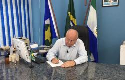 """Com a """"benção"""" de Barbudo, Leocir deve se filiar ao PSL  e de quebra levar 17 pré-candidatos a vereador para o partido"""