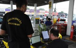 Fiscalização encontra irregularidades em 34 postos de combustíveis
