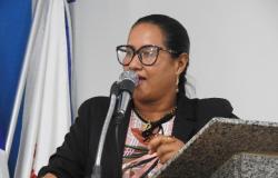 Zilmai agradece empenho do senador Jayme Campos para aquisição de trator