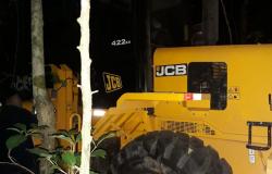 PM recupera maquinários após roubo a caminhoneiro em Nobres