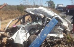 Casal morre em acidente entre caminhão e carro na Estrada da Guia