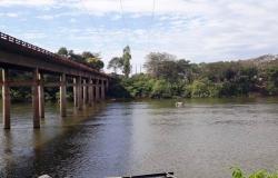 ROSÁRIO OESTE: Pilar da Ponte sobre o Rio Cuiabá está com problemas