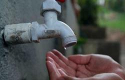 Moradores reclamam da falta de água crônica no Jardim Petrópolis
