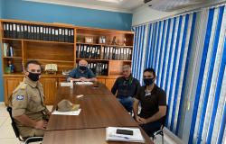 Vereador reúne Comandante e prefeito e reintegra pedido de doação de terreno para implantação do Núcleo do Corpo de Bombeiros em Nobres