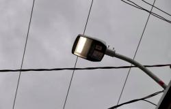 Prefeitura implanta 577 lâmpadas LED nas principais avenidas de Nobres