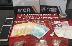 Trio é preso e policiais recuperam R$ 35 mil em joias de família que teve casa invadida