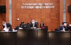 Assembleia aprova suspensão de corte de energia elétrica por 90 dias