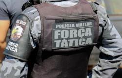 Força Tática prende homem que tinha acabado de esfaquear ex-companheira