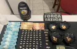 Força Tática  prende homem suspeito de comercializar drogas no bairro Jardim Caroline
