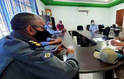 Em reunião, propõe criação de brigada de incêndios em Rosário Oeste