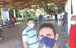 Reunião  busca  melhoria  no abastecimento  de água  na Vila Bom Jardim