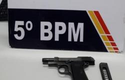 Segurança se fere com tiro acidental de pistola no pescoço