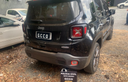 Polícia Civil recupera veículo roubado e prende suspeito de recpetação