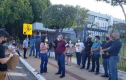 Servidores  públicos  admitem  greve  em MT