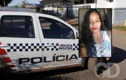 Mulher mata a amiga com golpes de faca e alega traição com namorado