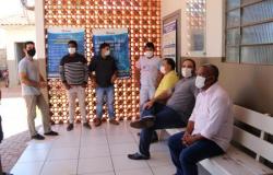 Vereadores visitam unidades de saúde da zona rural de Nobres e ouvem servidores