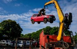 Prefeitura cancela leilão de veículos e sucatas