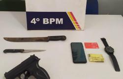 Homem é preso após ameaçar mulheres com arma de fogo em Várzea Grande