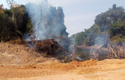 Ponte sobre o Rio Guariba na Rodovia MT-208 é incendiada
