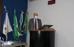 Drº André pede atenção da prefeitura com o viaduto e rodoviária em Nobres