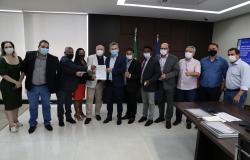 Governador assina convênio de R$ 5 milhões para solucionar alagamentos em Nobres