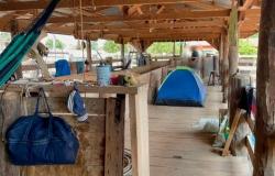 Trabalhadores são resgatados de fazenda onde viviam em curral