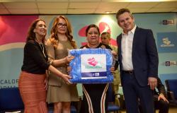 Campanha inicia distribuição de 100 mil cobertores aos municípios