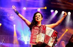"""Adriana Sanchez apresenta o novo single """"Seu Retrato"""""""