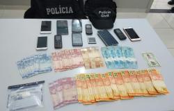 Polícia Civil cumpre nove mandados de buscas e prende uma pessoa em flagrante por tráfico de drogas