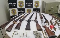 Polícia Civil apreende armas e munições durante buscas na zona rural de Cáceres
