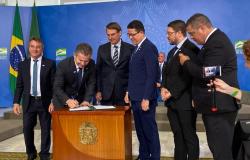 Medida provisória dá nova esperança para agilizar regularização fundiária, afirma governador