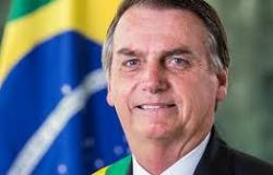 Após queda, Bolsonaro é levado ao Hospital das Forças Armadas e ficará em observação