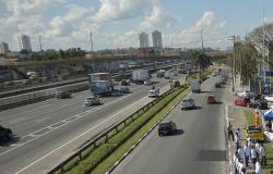 Bolsonaro descarta criação de novos pedágios na Via Dutra