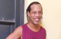 Times de presos disputam 'contratação' de Ronaldinho
