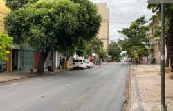 Ruas de Cuiabá amanhecem desertas no primeiro dia de decreto restritivo; veja fotos