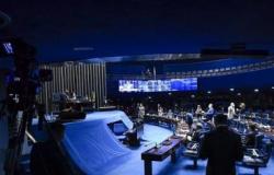 BENEFÍCIO Senado vota PEC que autoriza retomada do auxílio emergencial nesta quarta-feiraRedação