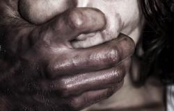 Homem participa de estupro coletivo contra a própria filha durante 18 horas